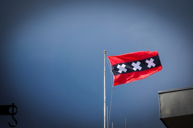Contrary to popular belief this is not a XXX flag.  These are 3 crosses of St. Andrew and they have been part of the city cote of arms forever.