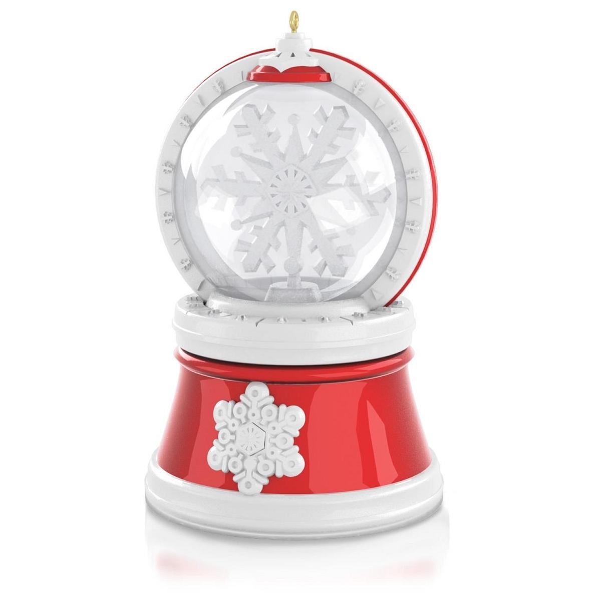 2015 Happiness Makes Magic Hallmark Keepsake Ornament
