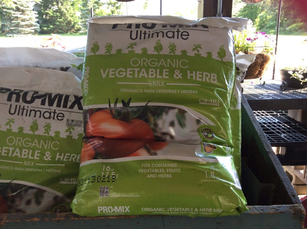 Pro-Mix Ultimate Organic Vegetable and Herb Mix