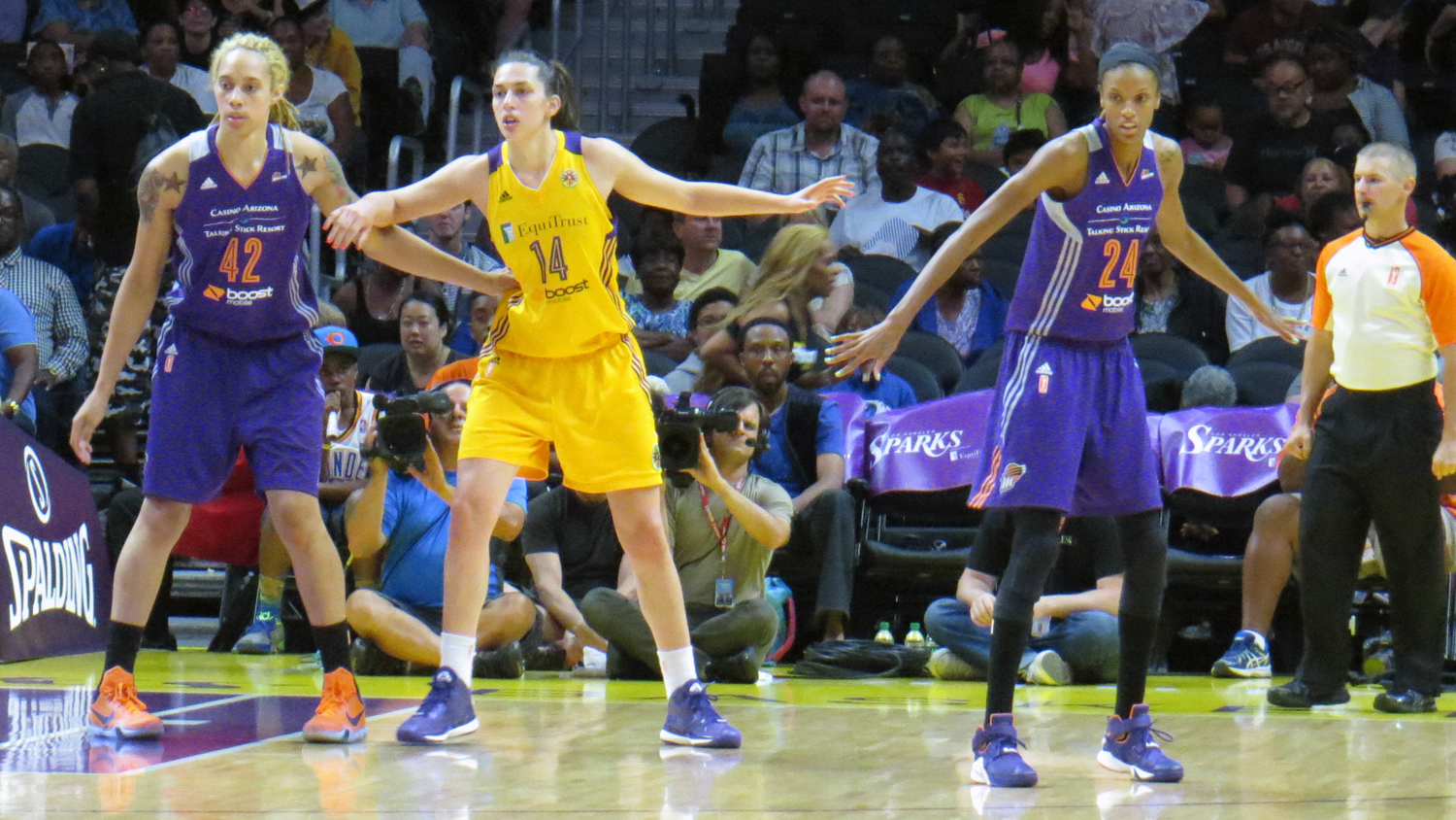 Leilani Mitchell rescues Phoenix in overtime, 94-91, Sparks put the West on notice