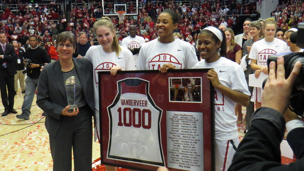 Tara VanDerveer joins the 1,000 career-win club after victory over USC