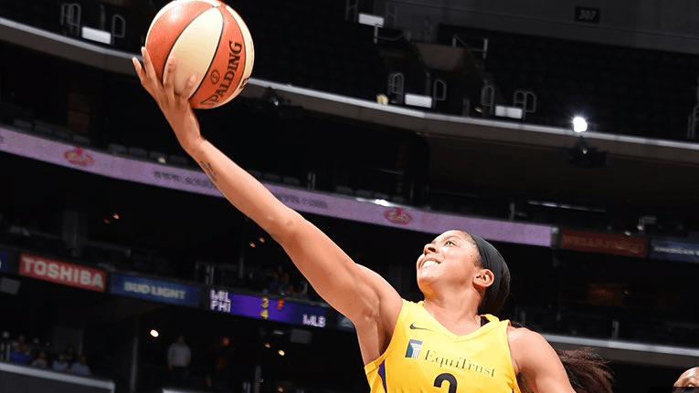 Led by Candace Parker and Nneka Ogwumike, Los Angeles bounces back with 77-59 victory over Chicago