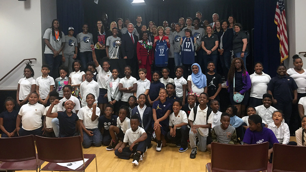 Instead of dwelling on Trump snub, Minnesota Lynx celebrate 2017 title in D.C. by giving back to the community