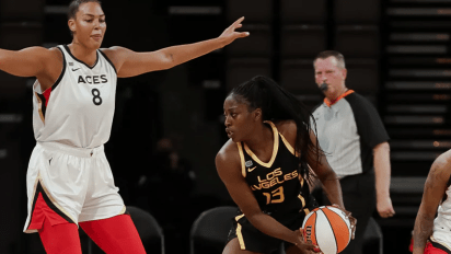 May 2, 2021 - Las Vegas center Liz Cambage and Los Angeles forward Chiney Ogwumike. Photo: NBAE/Getty Images.