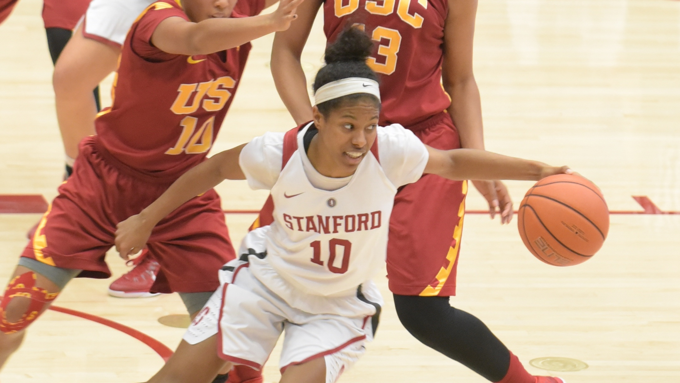 Stanford rebounds from back-to-back losses with a new starting lineup to defeat USC, 79-60