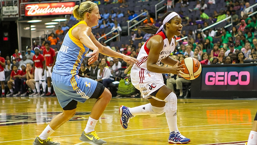 Mystics rally from 21 down to defeat Sky, Chicago rookie Elena Delle Donne suffers concussion