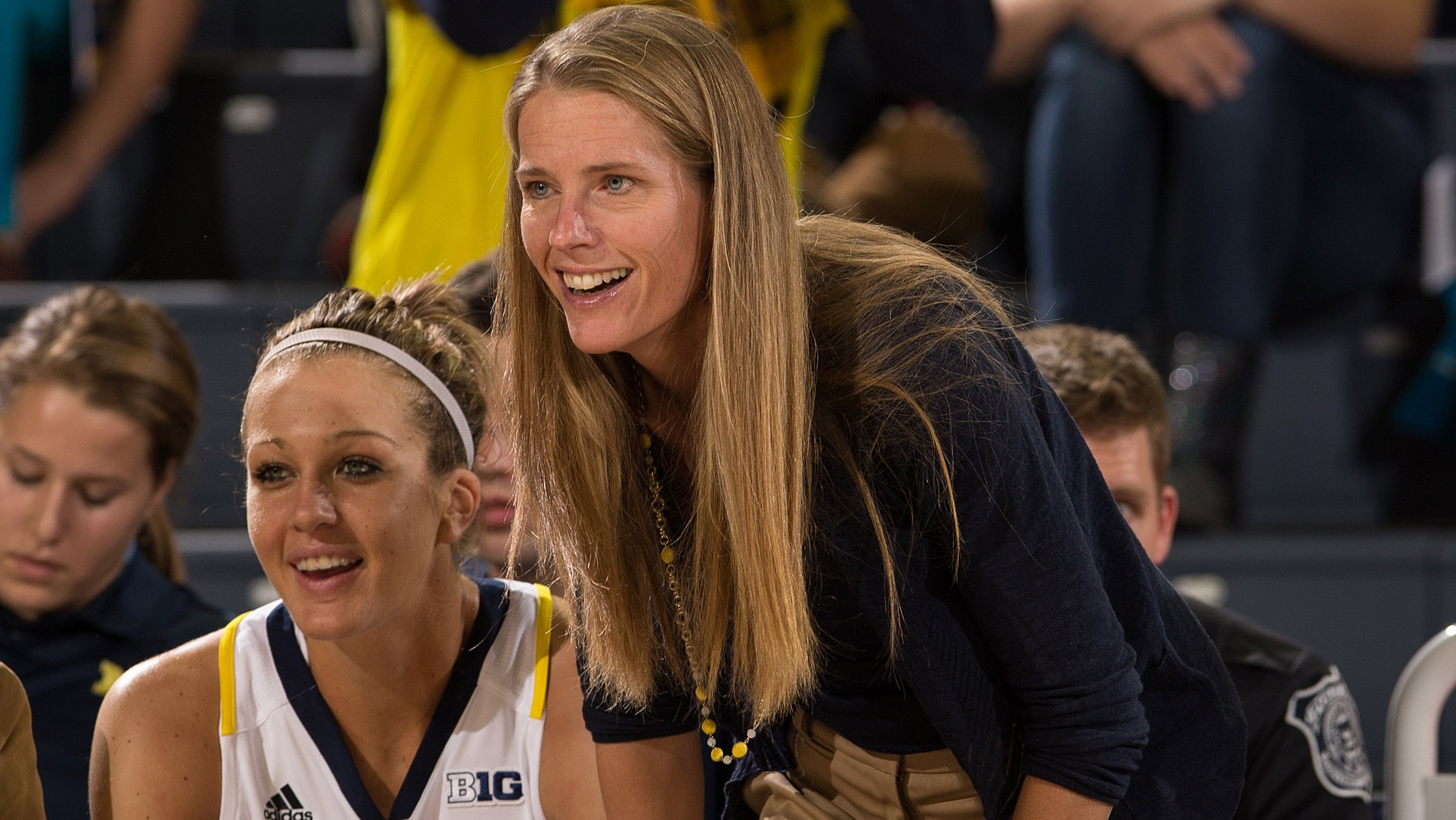 Dishin & Swishin 1/24/13 Podcast: Kim Barnes Arico trades in her red and white for maize and blue with immediate results