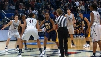 UConn concludes preseason with dismantling of Pace Setters