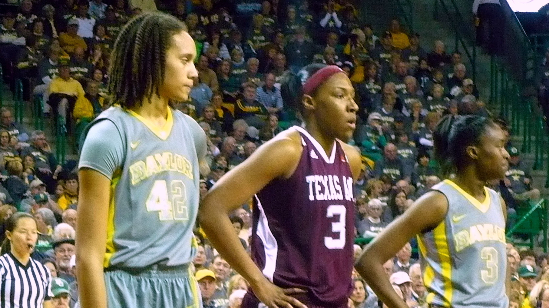 Baylor routs Texas A&M in Waco in front of a sellout crowd