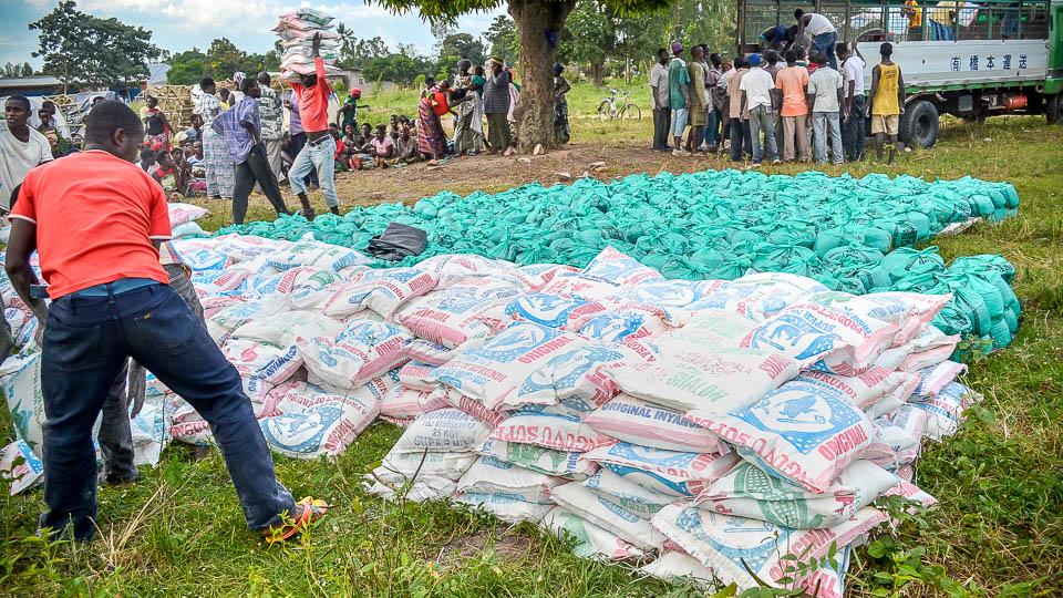HopeForTomorrowGlobal - Food ready for distribution copy - 960