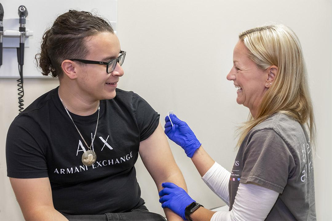 Why Your Child Needs the Meningitis B Vaccine Before College ...