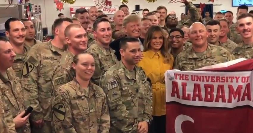 Donald Trump realiza una visita sorpresa a las tropas estadounidenses en Irak