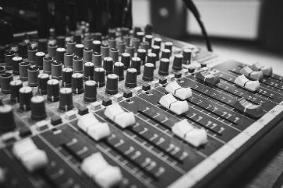 Fundadores del primer estudio de musica electronica