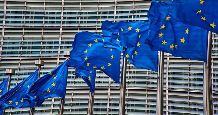 Forex: el euro se mantiene estable tras la amenaza de sanciones de Trump