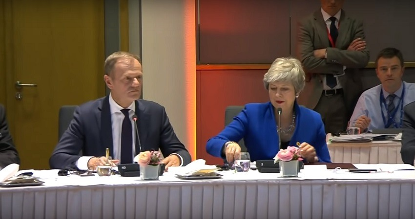 La UE y May pactan otra prorroga del Brexit hasta el 31 octubre