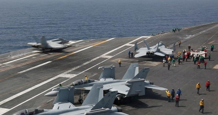 EEUU despliega portaaviones y bombarderos en Oriente Medio como advertencia a Irán