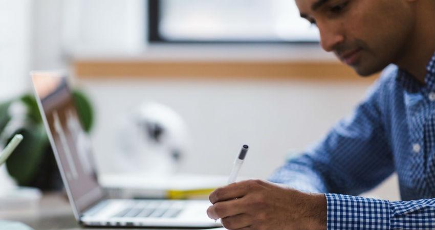 Fórmate online para conseguir un puesto de trabajo rápido y de calidad