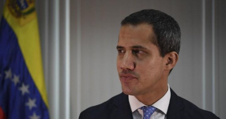 """Venezuela: """"Algunos no cumplieron su palabra"""" durante el fallido levantamiento militar, dice Guaidó"""