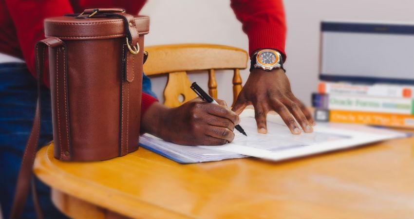 Lleva al día la facturación de tu empresa con Reviso