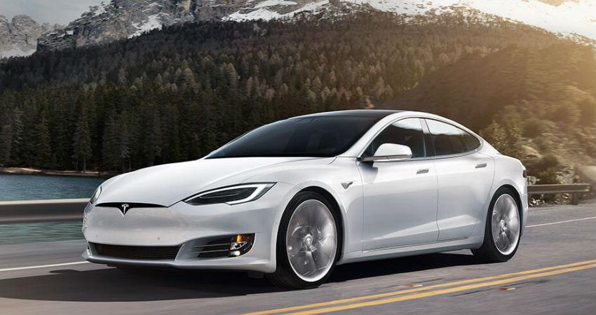 Tesla actualiza el software de sus baterias