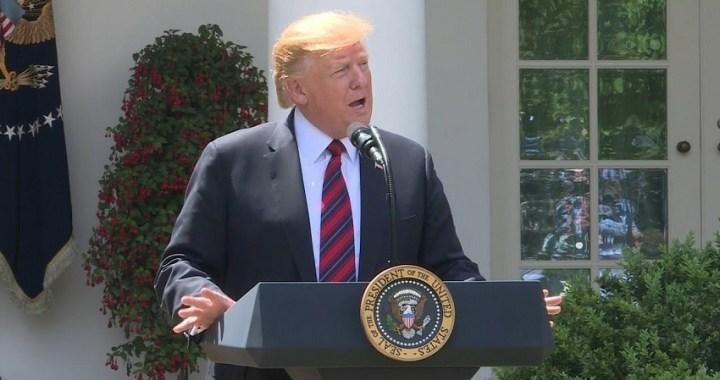 """Donald Trump presenta un plan de inmigración basado en el """"mérito"""""""