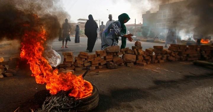 La represión en Sudán ha dejado al menos 108 muertos desde el lunes