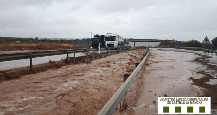 La DANA o gota fría deja seis muertos y carreteras cortadas en Murcia