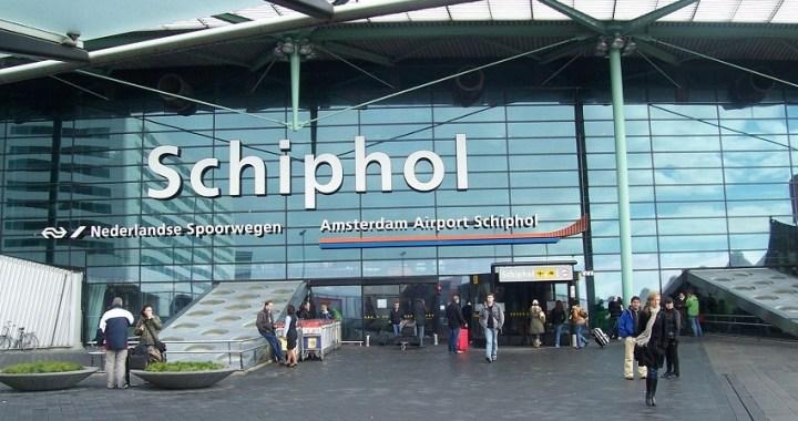 Un piloto de Air Europa activa por error la alarma de secuestro y evacúan el avión en Ámsterdam