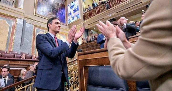 Pedro Sánchez ya es presidente del Gobierno tras conseguir la mayoría simple en la segunda votación de investidura