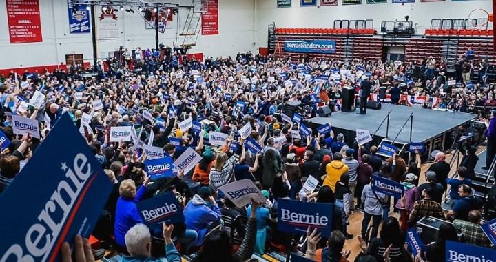 """Primarias demócratas: batalla Sanders-Biden y las apuestas del """"Supermartes"""""""
