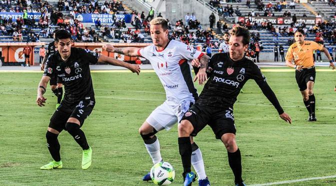 Leo Ramos conduce a sus Lobos Buap al camino de la salvación del descenso; en México deliran con sus goles en Primera
