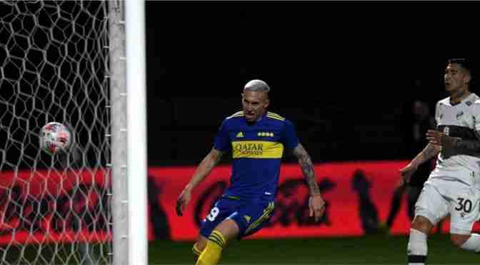 Norby Briasco jugó su mejor partido y el de Marcos Paz marcó en Boca