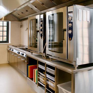 Illustratie: foto van twee ovens van Konig.