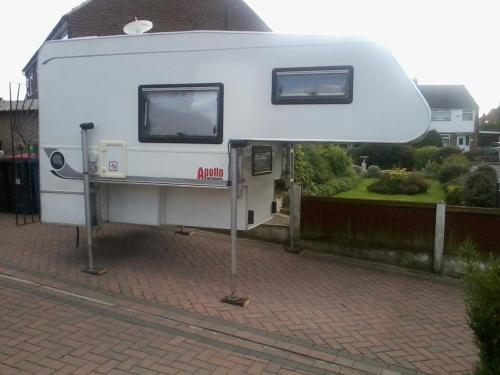 small resolution of  09 apollo 4 berth demountable camper for sale in uk 037 jpg