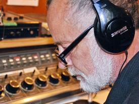 Russ earphones_275