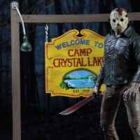 NECA dévoile le «Camp Crystal Lake Set»!