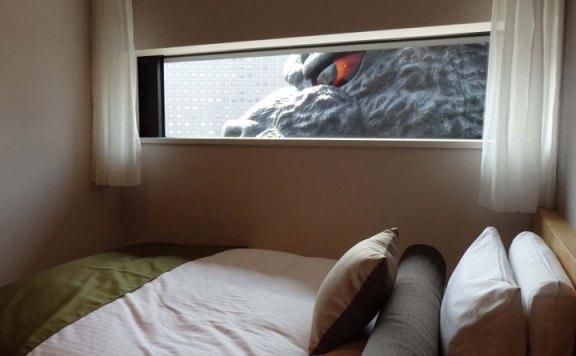 huge-godzilla-hotel-godzilla-hotel