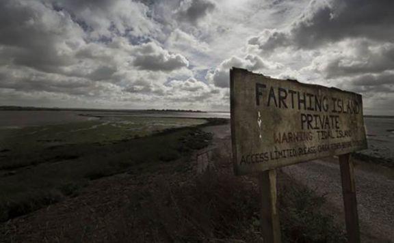 dogged-2017-british-folk-horror-film-farthing-island