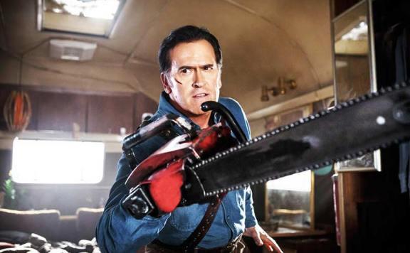 ash-vs-evil-dead-horrorfix-make-chainsaw-hand