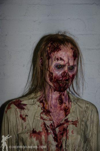 lebensgroße Walking Dead Figur @ Abandoned House Collectibles