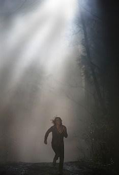 Bei ihrem Job als Kindermädchen ist Greta (Lauren Cohan) einer großen Gefahr ausgesetzt. © capelight pictures