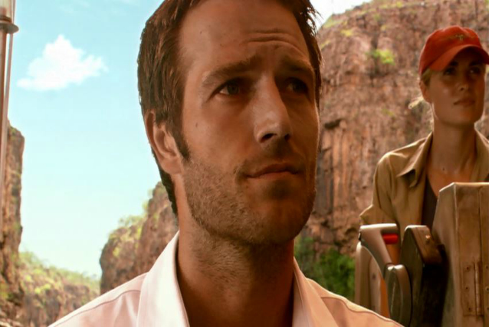 Pete (Michael Vartan) in Rogue