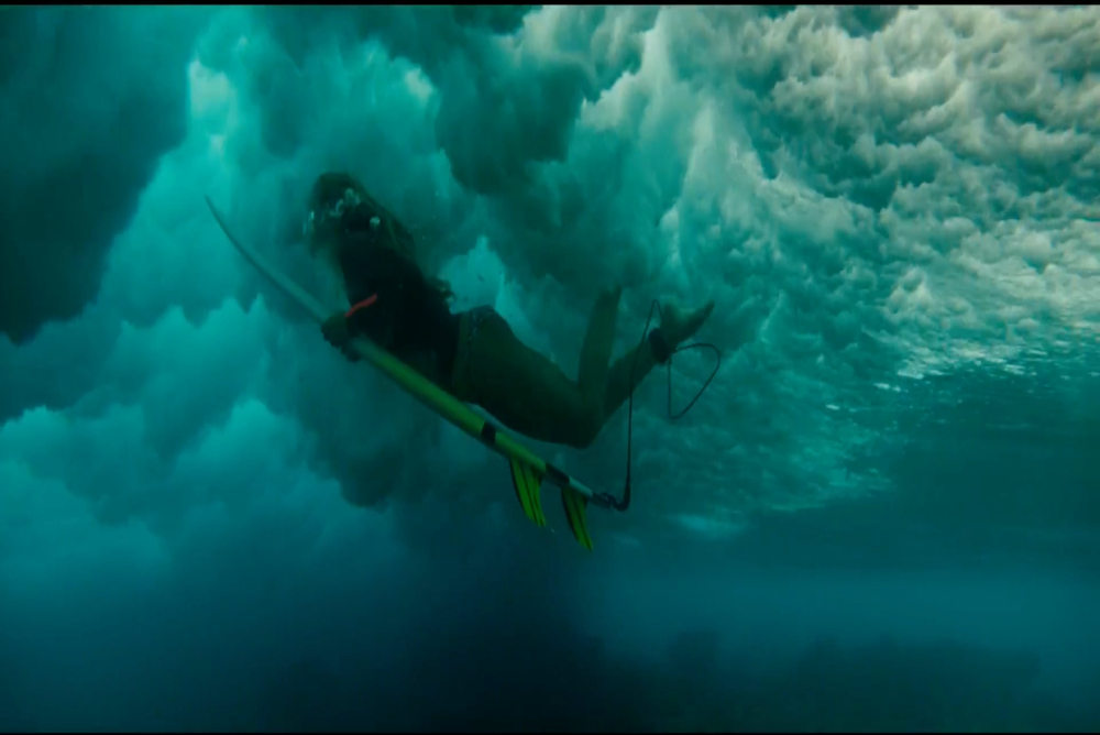 3. The Shallows, Nancy underwater