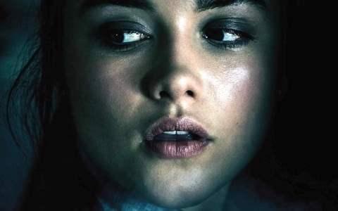 """Poster for the movie """"Malevolent - Le voci del male"""""""