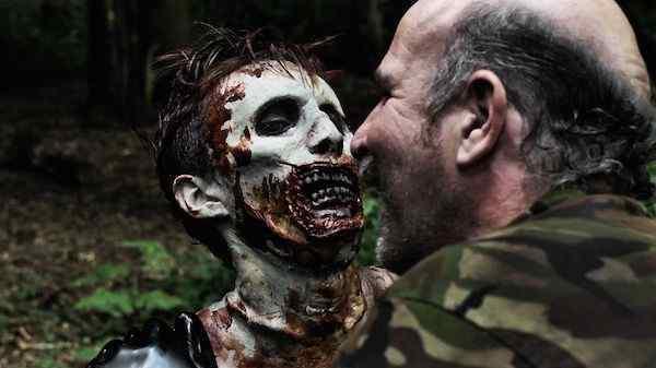 Zombie Resurrection image 2