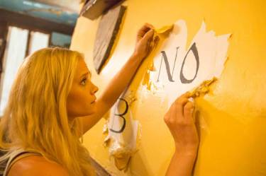 OUIJA HOUSE still 6 - Carly Schroeder discovers the Ouija House