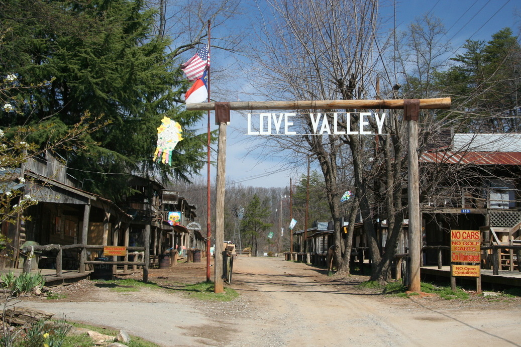 LOVE VALLEY NC A Place for Horseback riding No cars