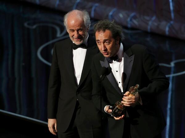 Toni Servillo e Paolo Sorrentino ritirano l'Oscar