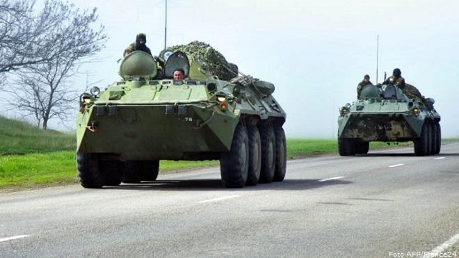 20140415-ukraine-tanks-660x371
