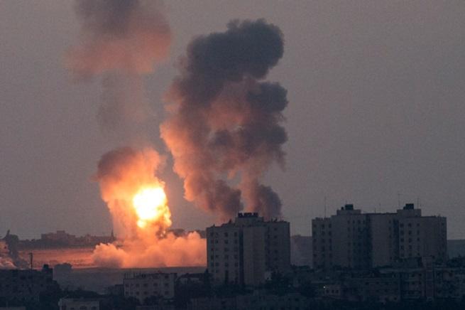 20140716-israele-attack-vs-hamas-655x436